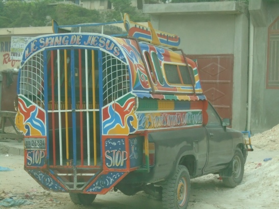 """""""Tap-tap"""" en Puerto Príncipe"""